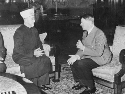 Wielki Mufti Jerozolimy Hadż Amin al-Husseini (po lewej) spotyka się z Adolfem Hitlerem w 1941 r. Zdjęcie: German Federal Archives.