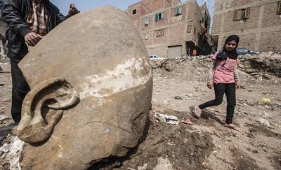 Kairskie slumsy, wylęgarnia islamizmu.