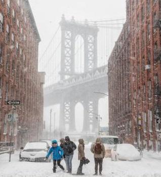 W Nowym Jorku panowały jedne z najniższych kiedykolwiek zanotowanych temperatur. NINO MARCUTTI/ALAMY