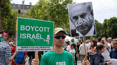 Paryska demonstracja poparcia bojkotu Izraela(Zdjęcie: AP)