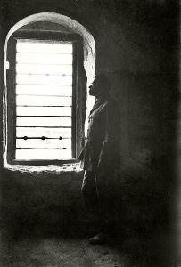 Żabotyński w więzieniu w Akka, 1920: Perfidny Albion wiedział, kogo winić.