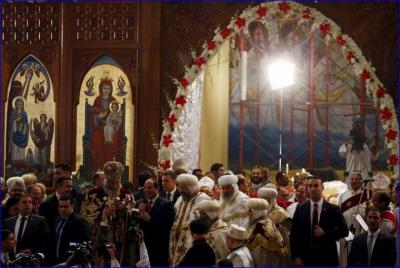 Prezydent Sisi pozdrawia chrześcijan podczas wigilii koptyjskiego Bożego Narodzenia.