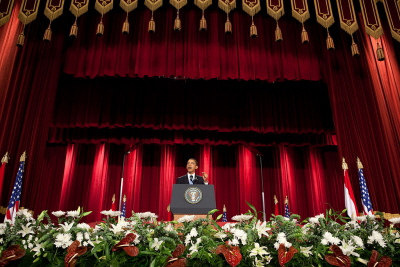 Prezydent USA Barack Obama przemawia na uniwersytecie Al-Azhar w Kairze 4 czerwca 2009. (Zdjęcie: Biały Dom)