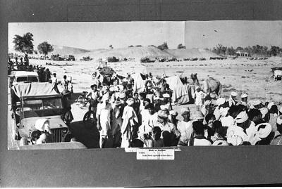 Konwój uchodźców z Zachodniego Pakistanu w 1947 r. {By Photo Division, Government of India [Public domain], via Wikimedia Commons}