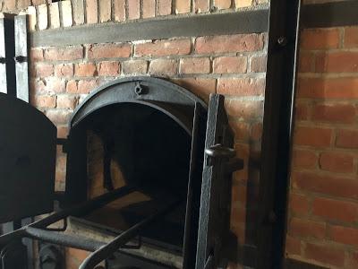 <span>Krematorium w obozie śmierci Majdanek</span>