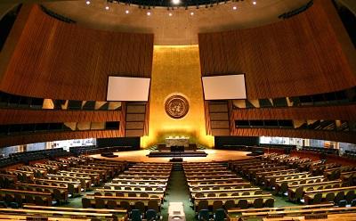 Sala Zgromadzenia Ogólnego ONZ (Źródło: Wikipedia)