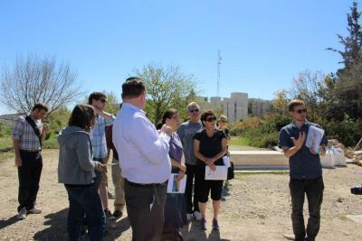 Amerykańscy studenci studiów rabinicznych na wycieczce do Hebronu z Breaking the Silence.