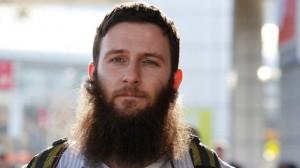 Musa Cerantonio, australijski kaznodzieja, o którym mówi się, że jest jednym z najbardziej wpływowych przedstawicieli IS, uznaje przepowiednię, iż kalifat zdobędzie Istambuł, zanim zostanie zwyciężony przez armię prowadzoną przez Anty-Mesjasza. Jego śmierć, gdy przy życiu zostanie tylko kilkanaście tysięcy dżihadystów, doprowadzi do apokalipsy. (Paul Jeffers/Fairfax Media).