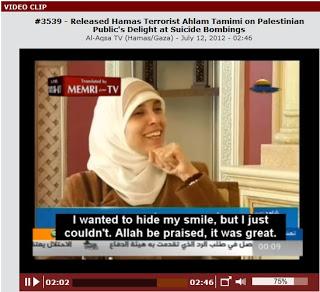 Bardzo szczęśliwa morderczyni naszej córki – znakomitość, która podróżuje teraz po całym świecie arabskim ku uniwersalnemu uznaniu arabskiemu i islamskiemu: bohaterka świata arabskiego [zdjęcie z tego wywiadu na wideo]