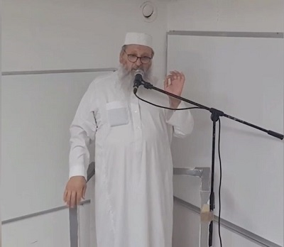 """Imam w Malmö nadal szerzy nienawiść do Żydów"" przetłumaczone zMalmöimamen fortsätter att sprida hat mot judar,<span>Expressen</span>, 17 lipca 2021 r.."