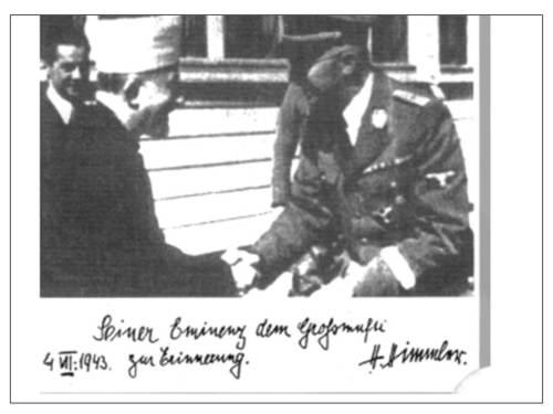 Zrzut z ekranu pokazuj�cy zdj�cie ze spotkania Had� Amina al-Husseiniego<br /> z przywódc� SS Heinrichem Himmlerem,<br /> z dedykacj�:<br /> \