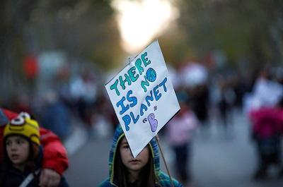 Podczas szczytu klimatycznego ONZ w Madrycie aktywiści<span>jak zwykle wzywają</span>przywódców świata, by osiągnęli neutralność węglową tak szybko, jak to możliwe. Jest to próżny wysiłek.