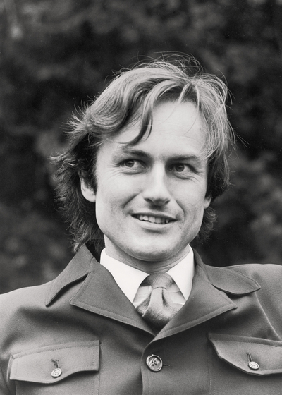 Richard Dawkins Oxford University Press: 1976.