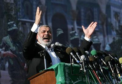 Wojna między tymi dwiema grupami terroru sięgnęła szczytu w tym tygodniu z rewelacją, że ISIS organizował spisek, by zamordować przywódcę Hamasu, Ismaila Haniję (na zdjęciu powyżej). Zdjęcie: Abid Katib/Getty Images.