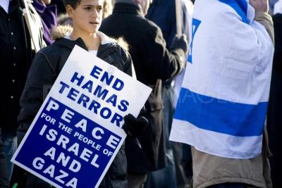 W Londynie 28 osób (nie 280 czy 28 tysięcy, 28 osób!) demonstrowało na rzecz autentycznego pokoju.