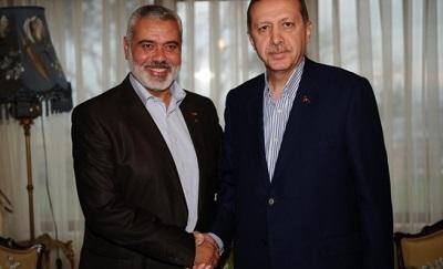 Przywódca Hamasu Hanija z prezydentem Turcji Erdoganem (zdjęcie a 2012 roku.)