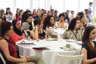 Arabskie studentki i absolwentki Technionu, jednej z najlepszych uczelni na świecie. [Źródło: http://iataskforce.org/activities/view/301