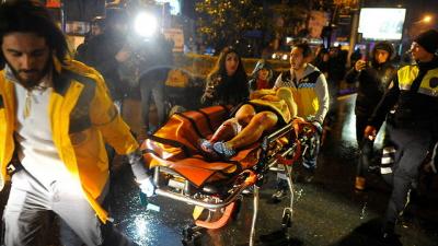 Scena z zamachu terrorystycznego ISIS w Stambule. Turcja popiera Hamas, niemniej uderzył w nią terror. Według Schockena, widocznie Erdoğan także jest syjonistą (Zdjęcie: Reuters)