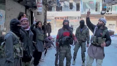 ISIS twierdzi, �e cz�ciowo opanowa�o obóz palesty�ski w Damaszku.