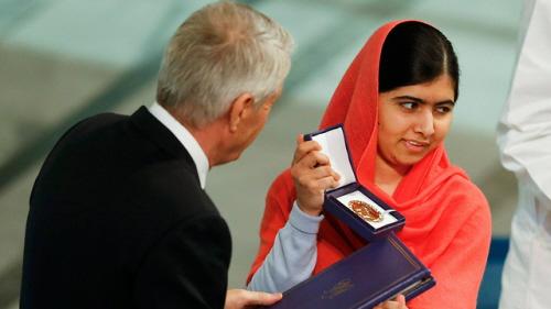 Malala otrzymuje Pokojową Nagrodę Nobla (Zdjęcie: Reuters)
