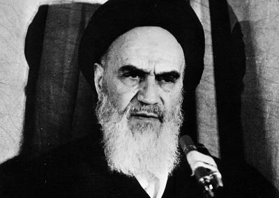 Przywódca Rewolucji Islamskiej Iranu, ajatollah Ruhollah Chomeini, zdjęcie z 1979. (Zdjęcie: Asadollah Chahriari/Keystone/Getty Images)