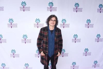 """Ponieważ libański reżyser, Ziad Doueiri, sfilmował kilka scen w Izraelu, kiedy wrócił z Festiwalu Filmowego w Wenecji, libańska policja aresztowała go na lotnisku, przesłuchiwała przez trzy godziny i oskarżyła o """"kolaborację z Izraelem"""". (Zdjęcie: Vivien Killilea/Getty Images for Palm Springs International Film Festival)"""