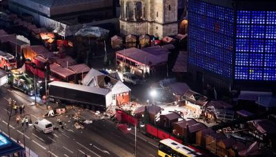 Zamach w Berlinie dokonany przez dżihadystę, który użył do tego celu polskiej ciężarówki, mordując wcześniej jej kierowcę.