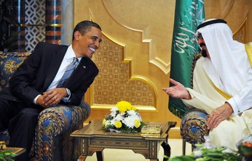 Jeśli idzie ostosunki zArabią Saudyjską prezydent Barack Obama postanowił uczynić wyjątek ikontynuować linię swojego poprzednika wcałej rozciągłości.