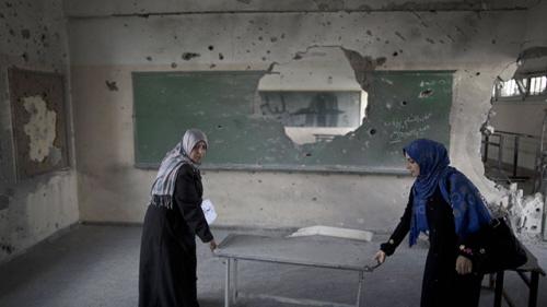 Szkoła palestyńska uszkodzona podczas Obronnego Brzegu (Zdjęcie: AFP)