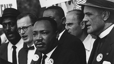 Martin Luther King Jr. Podczas marszu na rzecz praw człowieka 28 sierpnia 1963 w Waszyngtonie.  Zdjęcie: National Archives and Records Administration, College Park, Md.