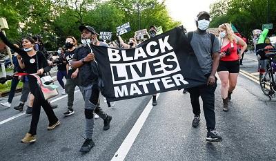 Protest przeciw nierównościom rasowym w Nowym Jorku, 11 czerwca 2020(Idris Solomon/Reuters)