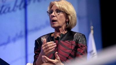 <span>Amerykańska minister edukacji Betsy DeVos. Credit: Flickr.</span>