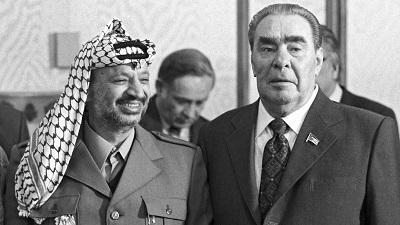 Przywódca terrorystów palestyńskich Arafat i przywódca ZSRR Leonid Breżniew