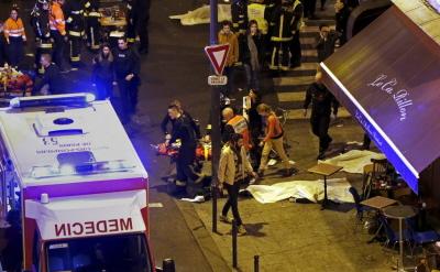 Po strzelaninie w Paryżu (Zdjęcie: Alarabiya.net, 13 listopada 2015)