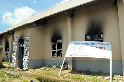 Jak dotąd Boko Haram zniszczyło 900 kościołów w północnej Nigerii. Od 2015 roku zabito tam co najmniej 16 tysięcy chrześcijan. Na zdjęciu: Kościół Afrykański w Jos w Nigerii 5 lipca 2015 r. (Zdjęcie: AFP via Getty Images)