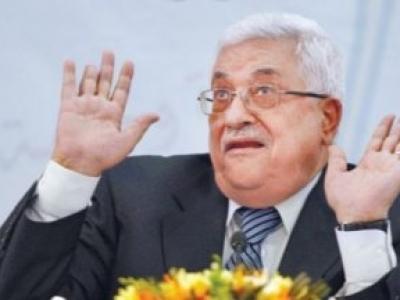 Jeśli palestyńscy dziennikarze są wyrzucani z pracy za spotkanie z Izraelczykami, jaka byłaby reakcja Palestyńczyków, gdyby zobaczyli swojego prezydenta i swoich polityków siadających do stołu negocjacyjnego z Izraelem? Przedstawiciele Autonomii Palestyńskiej niewątpliwie zostaliby oskarżeni o zdradę, przestępstwo karane tam śmiercią. (Zdjęcie Abbasa z portaluCrescentz artykułu oskarżającego Abbasa, że jest marionetką USA i Izraela.)