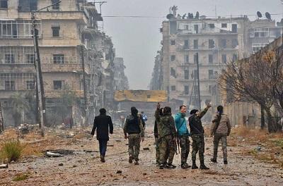 Syryjskie siły prorządowe w Aleppo w 2016 roku.George Ourfalian/AFP/Getty Images