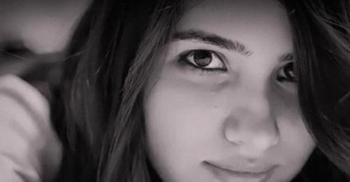Zdjęcie Ozgecan Aslan,najczęściej reprodukowane w mediach tureckich (Cumhuriyet, Hurriyet, Sozcu, T24).