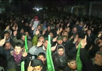 Wiec Hamasu w Gazie, świętujący terrorystę, który taranującym pojazdem zabił 4 Izraelczyków. (zrzut z ekranu)