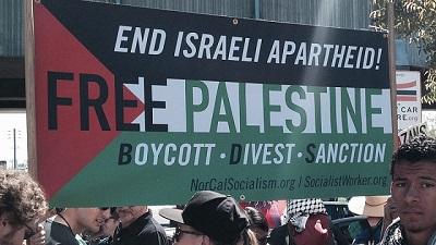 Zwolennicy ruchu BDS przeciwko Izraelowi. Zdjęcie: Alex Christy/Flickr.