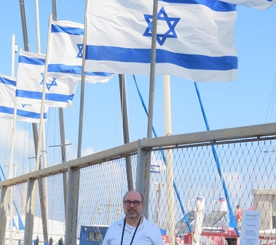 Autor w porcie w Tel Awiwie.