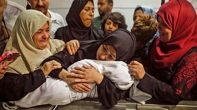 """Podczas gdy wolny świat """"potępia obie strony"""", Palestyńczycy płacą najwyższą cenę. (Zdjęcie: AFP)"""