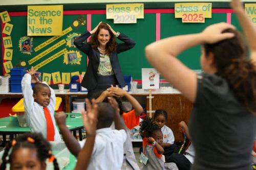 Eva Moskowitz w klasie szkolnej w 2008 roku. Zdjęcie James Estrin/The New York Times