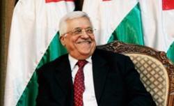 Kto mówi, że prezydent Autonomii Palestyńskiej, Mahmoud Abbas, nie potępia zamachów terrorystycznych przeciwko cywilom? Jest przeciwko zamachom terrorystycznym gdziekolwiek na świecie – poza Izraelem, kiedy są dokonywane przez jego ludzi za jego poduszczeniem. Krokodyle łzy Abbasa mają na celu przesłonięcie jego łez radości, że terroryzm żyje i ma się dobrze. (Zdjęcie: Muhammed Muheisen-Pool/Getty Images)