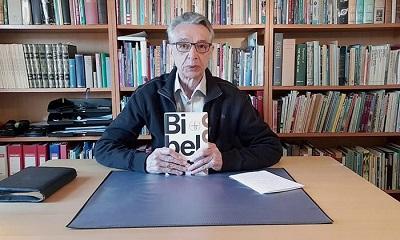 <span>Jan Frost, chrześcijański syjonista w Danii, odkrył dziesiątki miejsc w nowym przekładzie Biblii, w których pominięto lub zmieniono wzmianki o Izraelu.</span>
