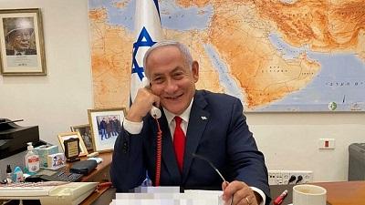 Premier Benjamin Netanjahu podczas rozmowy z prezydentem Bidenem. (Źródło: Twitter premiera Netanjahu.)