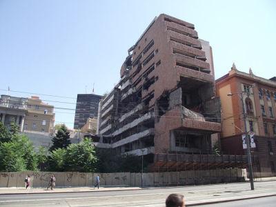 Zbombardowana rogłośnia w Belgrdzie.