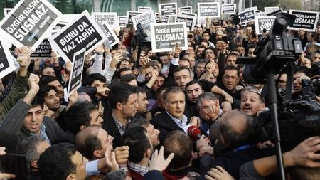 Zdjęcie: CNNTurk, 14 grudnia 2014
