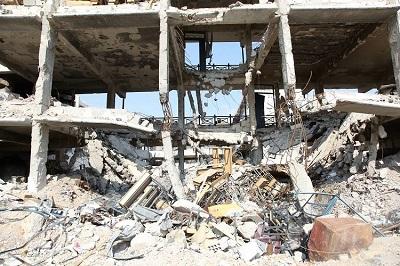 Walki między syryjską armią a opozycyjnymi grupami w obozie uchodźców Jarmouk (kiedyś domu dla około 160 tysięcy Palestyńczyków) zakończyły się dwa lata temu, ale na powrót do swoich domów pozwolono tylko 435 rodzinom. Na zdjęciu: obóz Jarmouk w pobliżu Damaszku 2018 roku, kilka dni po odzyskaniu kontroli nad nim przez syryjskie siły rządowe. (Zdjęcie: Materiały UNRWA)
