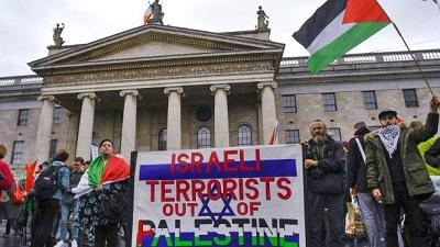 Wiec na rzecz solidarności Irlandii z Palestyną Dublin, O'Connell Street, 2018.